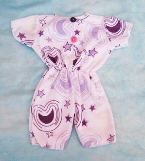 Pijama con estampado lila