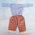 http://static2.paudedamasc.com/miniaturas/vestido-pantalon-a-cuadros-para-muneco-waldorf.jpg