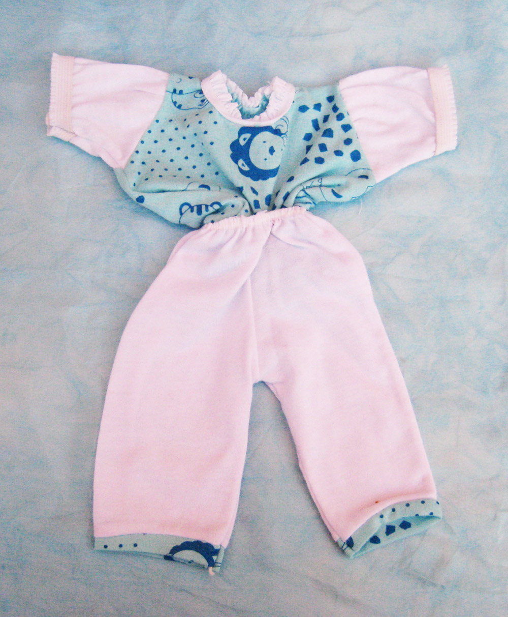 pijama-azul-claro-para-muneco-waldorf