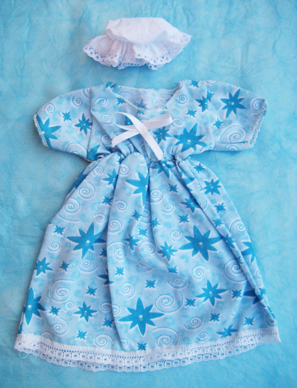 vestido-con-estampado-de-estrellas-azules-para-muneca-waldorf